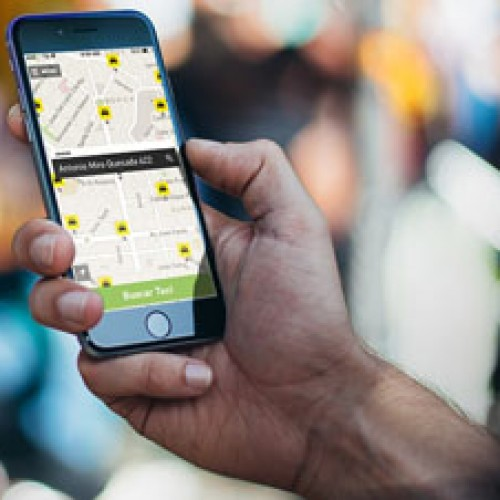 Aplicación móvil para taxis llega a provincias