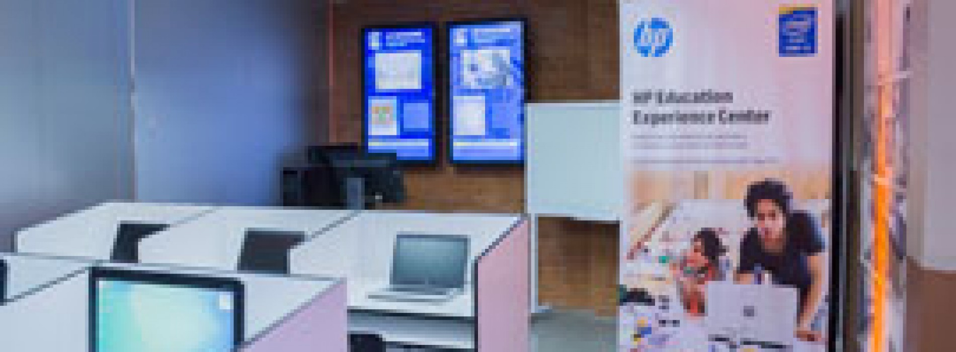 Presentan renovado Education Experience Center